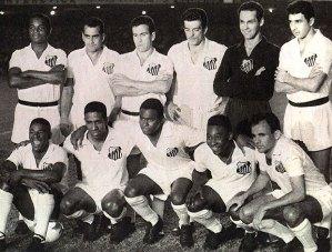 Time campeão de 1962 - Em pé, Lima, Zito, Dalmo, Calvet e Mauro. Agachados, Dorval, Mengálvio, Coutinho, Pelé e Pepe