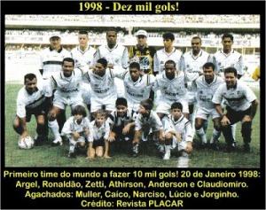 Equipe do Santos que atuou pela Copa do Brasil em 1998, com Lúcio como atacante