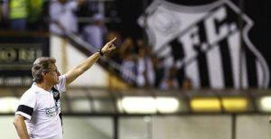 Comanda, professor... (Ricardo Saibun/Santos FC)