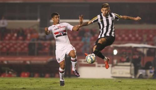 Lucas Lima, perdido no primeiro tempo, não foi suficiente para a vitória santista (Rubens Chiri/saopaulofc.net)