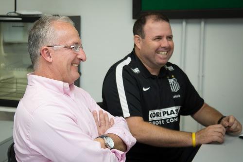 O atual técnico, Dorival Júnior, e o ex, Marcelo Fernandes, que volta a ser auxiliar (Ricardo Saibun/Santos FC)