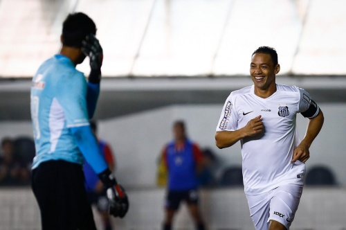 Ricardo Oliveira marcou o 3º do Peixe, seu 50º com a camisa santista (Foto: Foto: Ricardo Saibun/Santos FC)