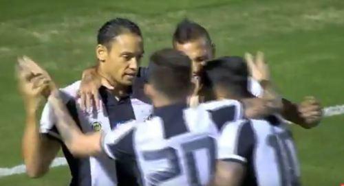 Santos vence Ponte Preta