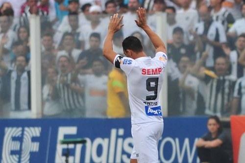Ricardo Oliveira comemora gol na final do Paulista 2016