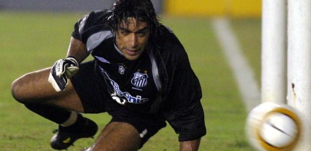 Henao em sua pouca saudosa passagem pelo Santos (Jose Patrici Reuters) a6be230c630bf